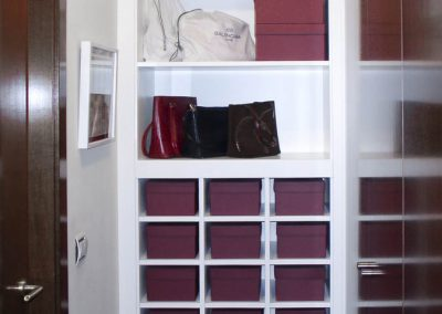 Zapatero para cajas