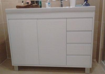 mueble lacado blanco con cajones (2)
