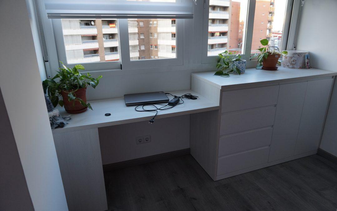 Mesa de estudio lacada blanco
